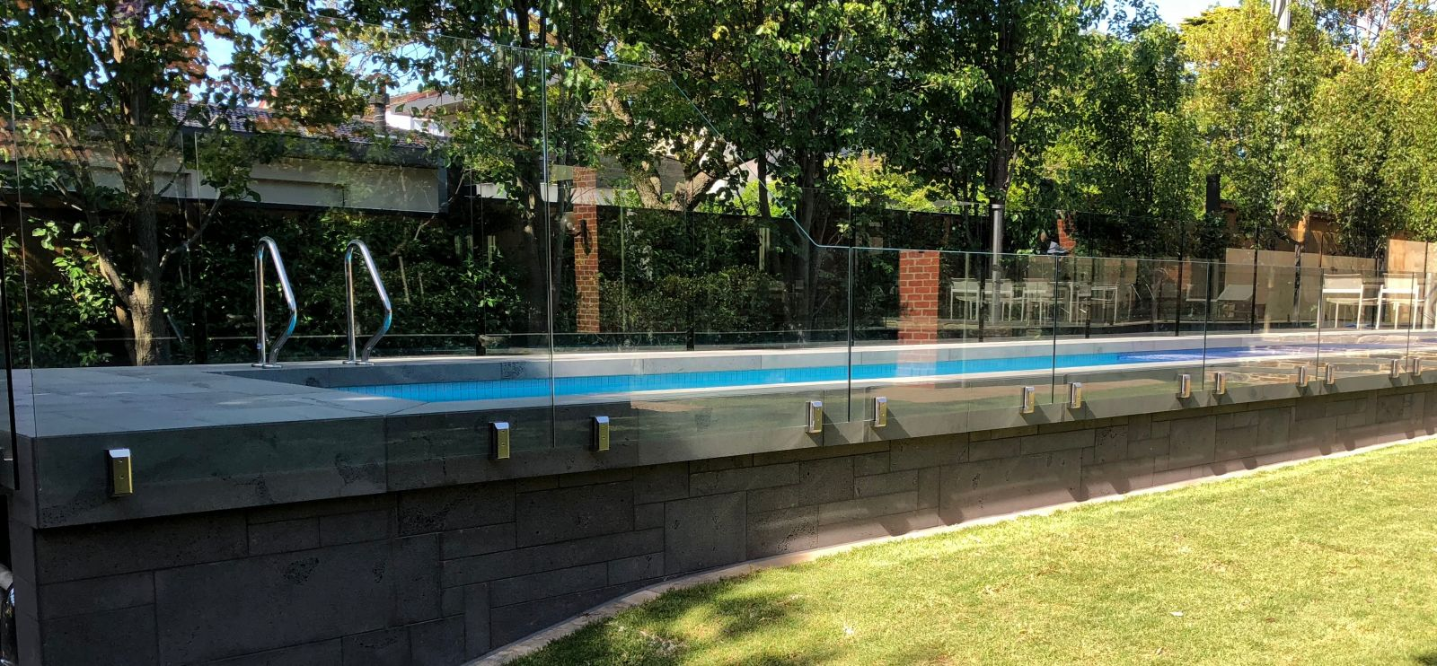 Dolphin Fencing Fencing And Gate Contractors In Mornington Melbourne