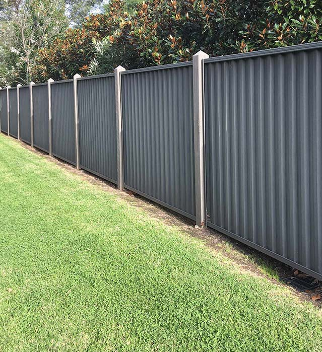 colorbond fencing with gates