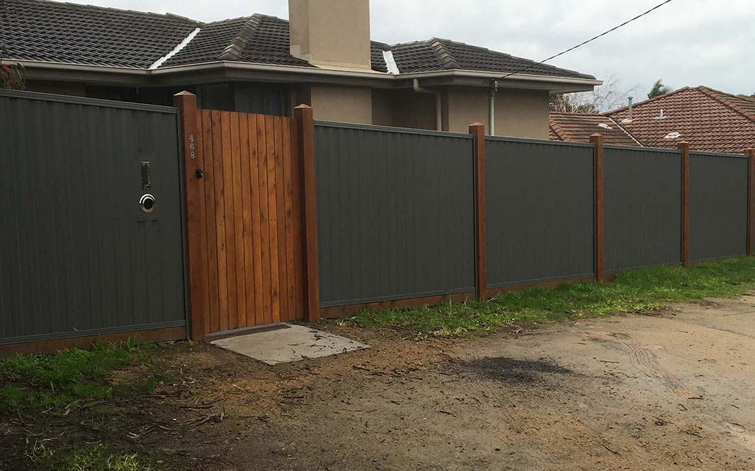 Security Fencing using Colorbond