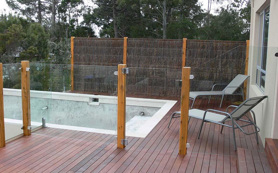 Brush Fence Melbourne - Brushwood Fencing
