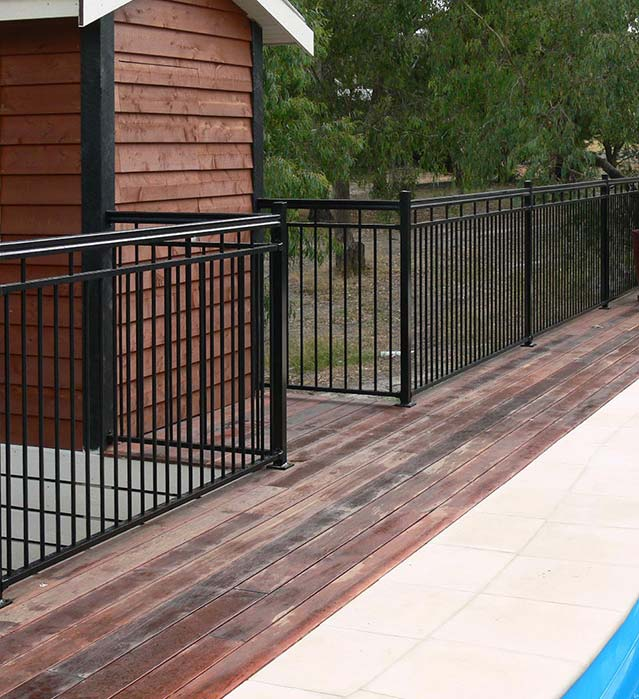 swimming pool fencing melbourne