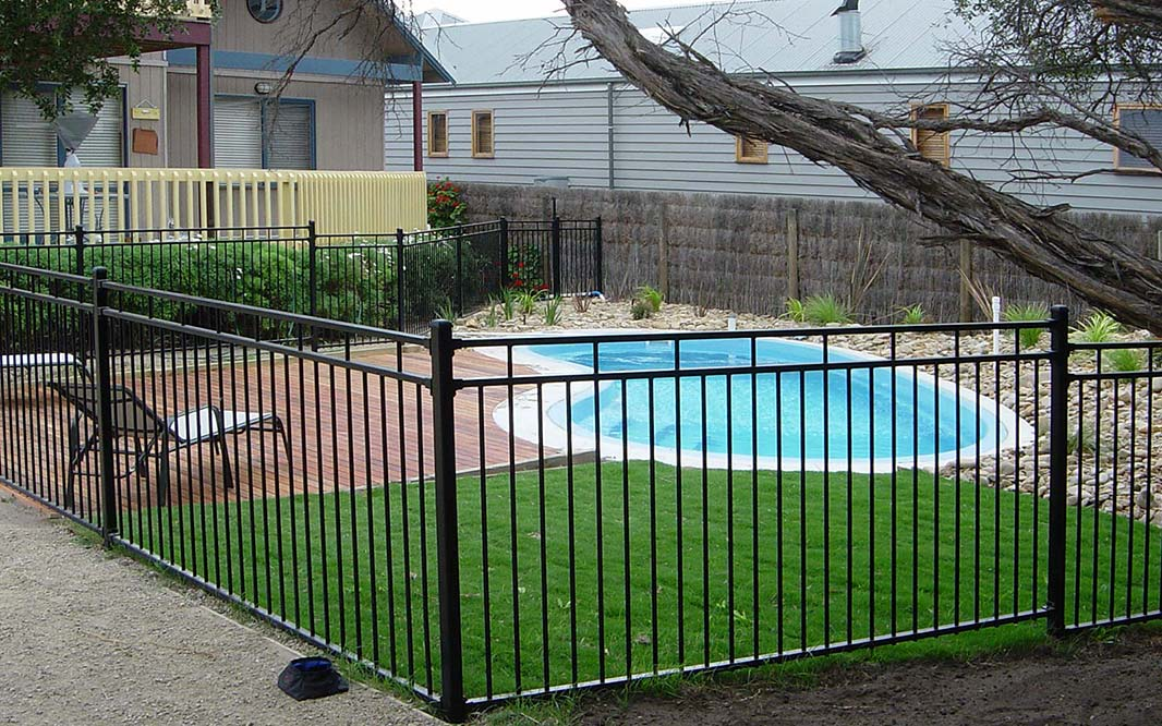 Outdoor Pool Aluminium Fencing