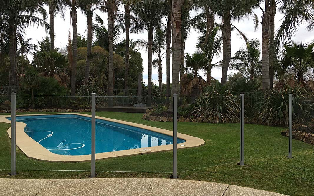 Glass Fencing Design for Swimming Pool