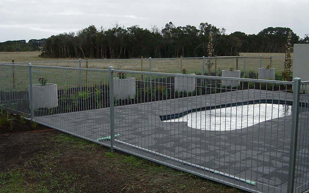 Outdoor Steel Pool Fencing Design