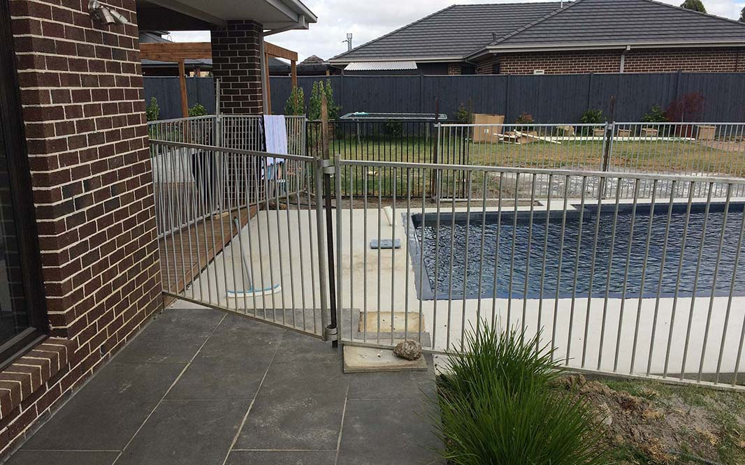 Temporary Pool Fencing