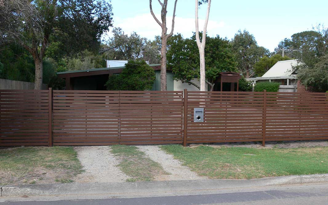 Use of Timber in Fencing
