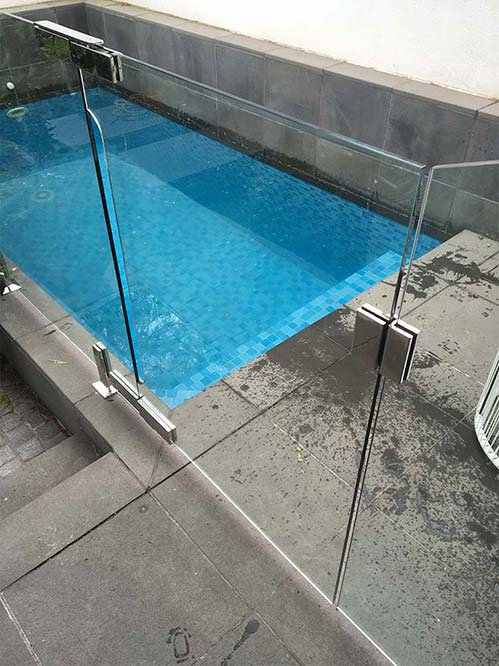 Glass Fencing for Pool in Melbourne