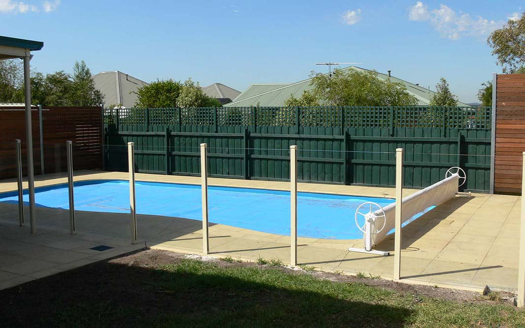 High Quality Glass Fencing