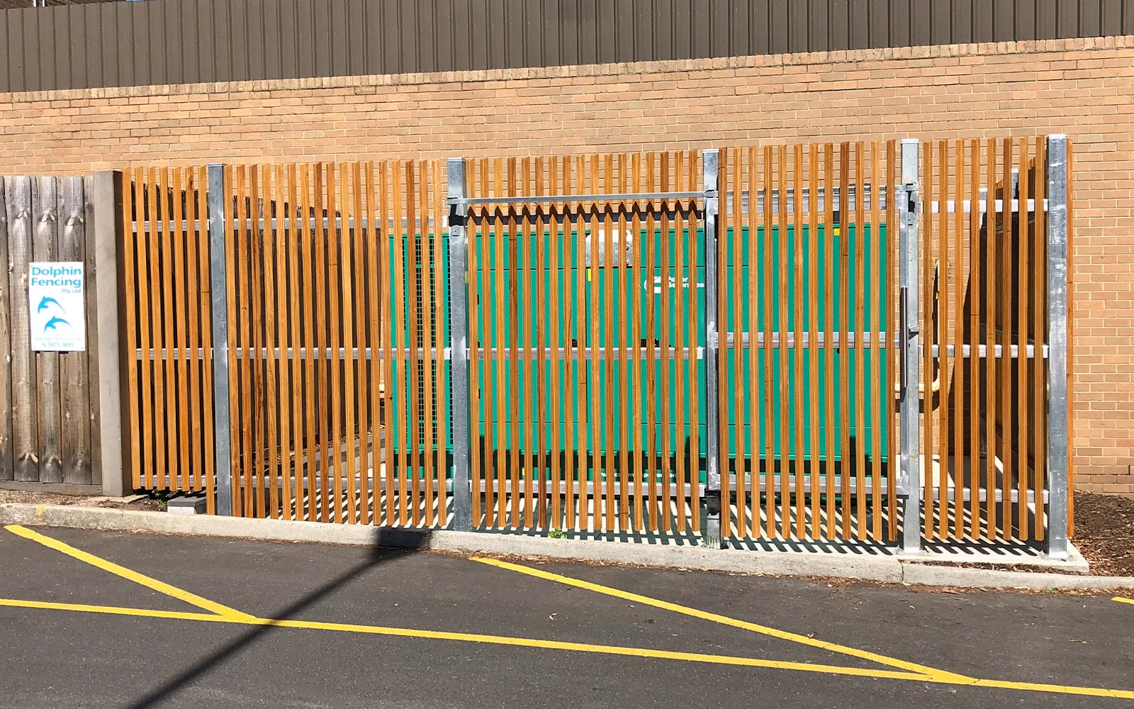 Commercial timber gates